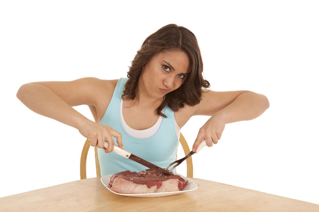 woman-eating-steak-prevent-hip-fracture