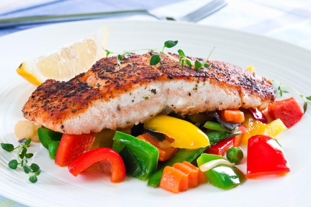 salmon-veggies-food