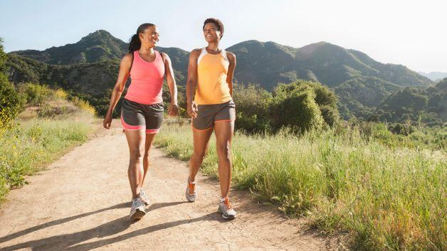 coachmikeblogs-com-2-girls-walking